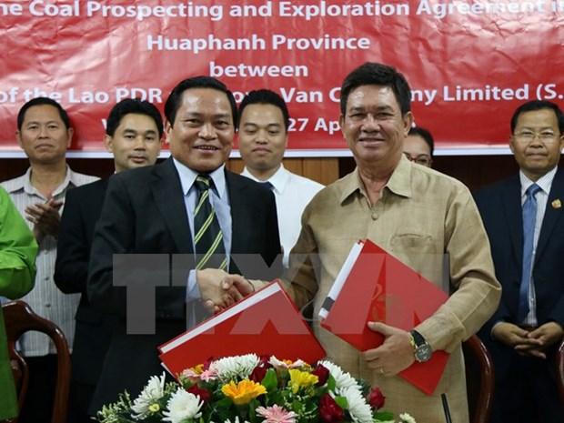 Vietnam et Laos signent un contrat d'exploitation du charbon hinh anh 1