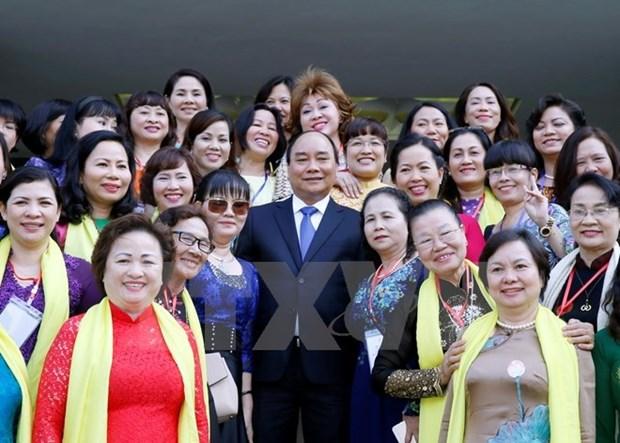 Le Premier ministre rencontre les femmes entrepreneures hinh anh 1