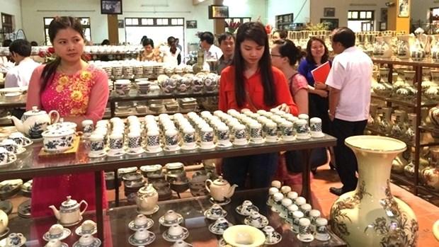 Naissance d'un conseil pour le developpement de la ceramique de Chu Dau hinh anh 1