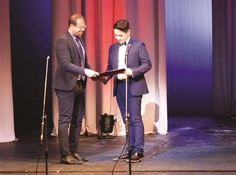 Un Vietnamien remporte un concours international d'opera hinh anh 1