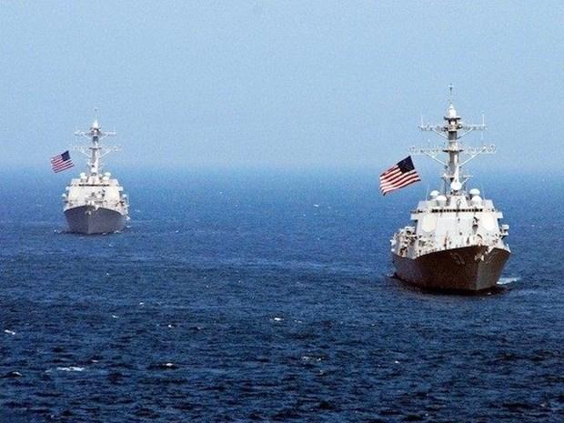 Un destroyer americain approche le recif de Fiery Cross hinh anh 1