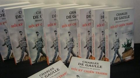 Publication : les Memoires de guerre de Charles de Gaulle racontes en vietnamien hinh anh 1
