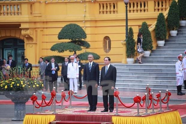 Ceremonie d'accueil officielle du President americain Barack Obama a Hanoi hinh anh 1