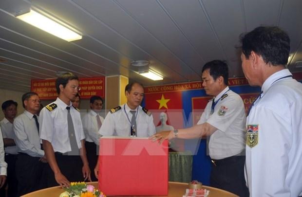Le journal lao demasque des complots contre le Vietnam hinh anh 1