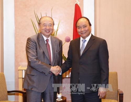 Le PM Nguyen Xuan Phuc rencontre un dirigeant de Mitsubishi hinh anh 1