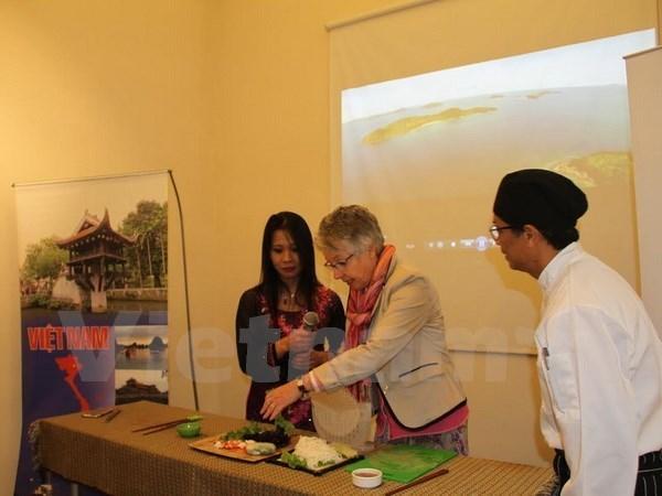 De la cuisine vietnamienne presentee en Argentine hinh anh 1