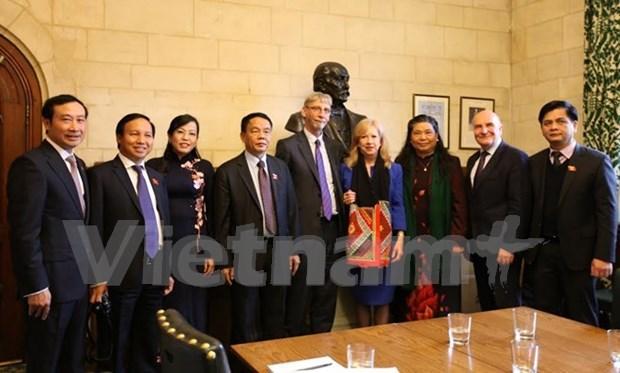 Renforcement de la cooperation parlementaire Vietnam-Royaume-Uni hinh anh 1