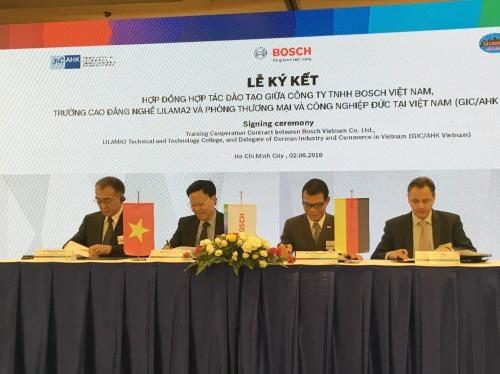 Bosch soutient le Vietnam dans la formation professionnelle hinh anh 1
