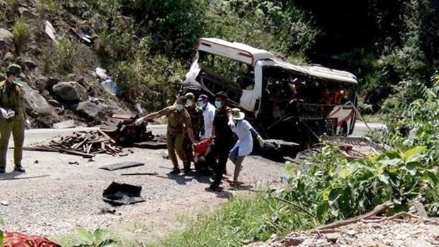 L'explosion de l'autocar au Laos serait declenchee par des petards hinh anh 1