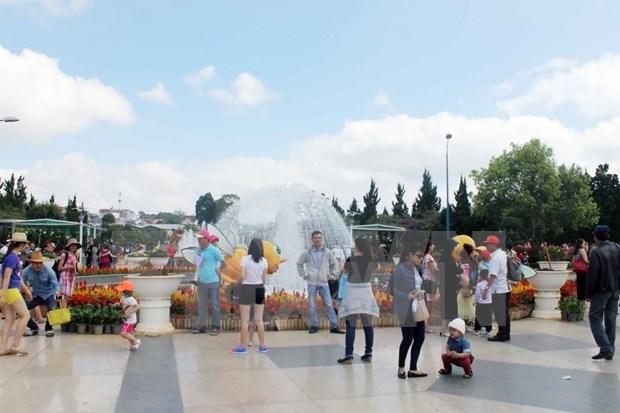 Lam Dong s'oriente vers l'economie touristique verte hinh anh 2