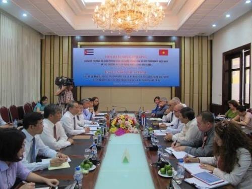 Renforcement de la cooperation Vietnam-Cuba dans le transport hinh anh 1