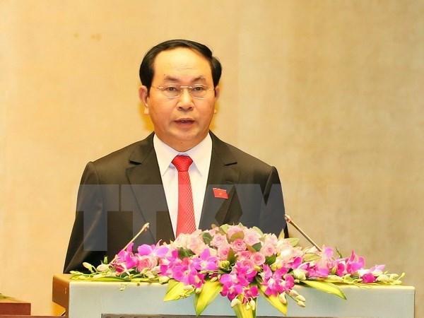 La visite du president Tran Dai Quang intensifiera la cooperation traditionnelle Vietnam-Cambodge hinh anh 1