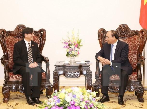Nguyen Xuan Phuc recoit les ambassadeurs malaisien et thailandais hinh anh 2