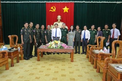 Des responsables du Nam Bo Occidental rencontrent leurs homologues de l'armee cambodgienne hinh anh 1