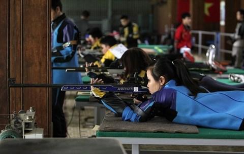 Le tireur Hoang Xuan Vinh vise une medaille aux Jeux olympiques de Rio hinh anh 2