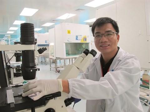 Un jeune Docteur vietnamien consacre sa vie aux cellules souches hinh anh 1
