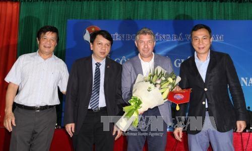 Jurgen Gede, directeur technique du football vietnamien hinh anh 1
