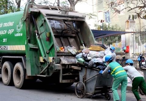 La ville de Hanoi remedie a la collecte des ordures menageres hinh anh 2