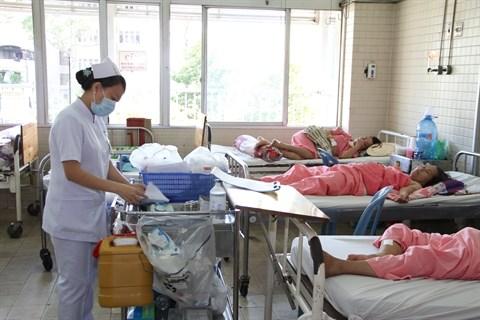 Repenser et moderniser la formation des aides-soignants hinh anh 2