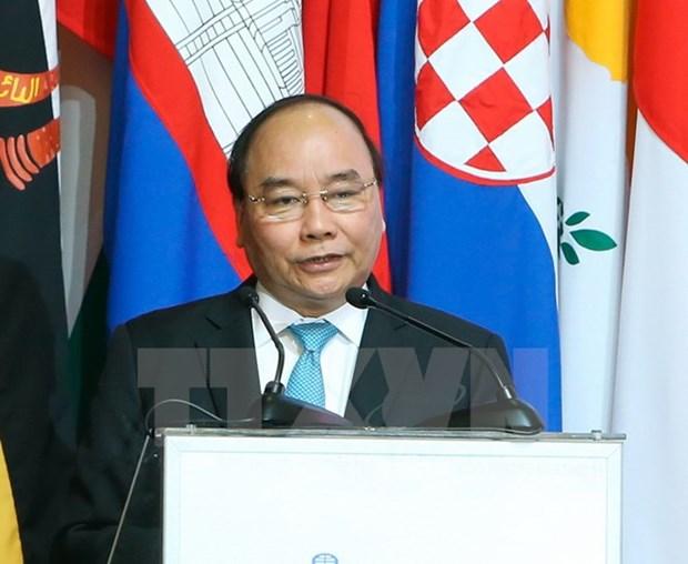 ASEM : le PM a la premiere seance pleniere sur le partenariat Asie-Europe hinh anh 1
