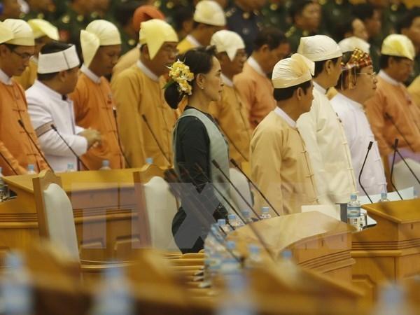 Myanmar: les groupes armes s'engagent a poursuivre leurs pourparlers avec le gouvernement hinh anh 1