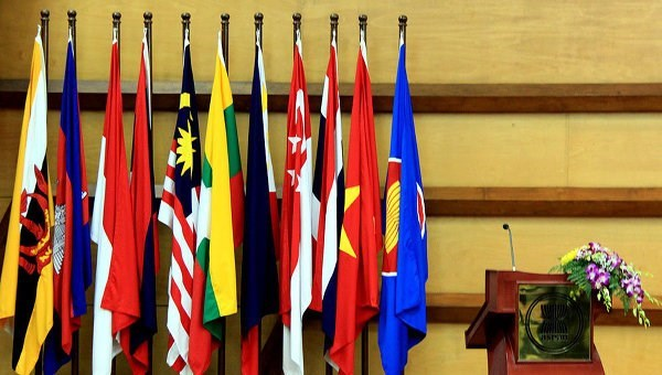Le Vietnam promeut la responsabilite a l'AMM 49 et aux conferences connexes hinh anh 1