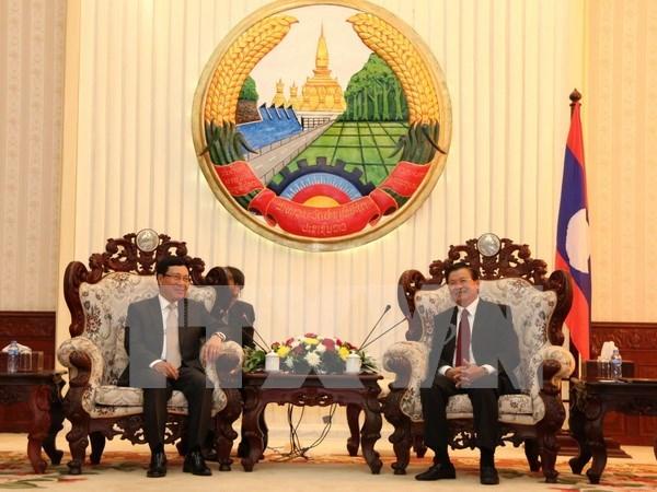Le vice-PM Pham Binh Minh rencontre des dirigeants laotiens hinh anh 1