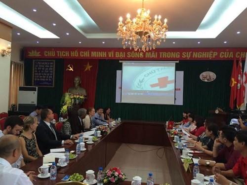 Les Etats-Unis s'engagent a soutenir le Vietnam dans les activites humanitaires hinh anh 1