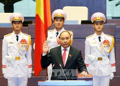 Nguyen Xuan Phuc elu Premier ministre pour le mandat 2016-2021 hinh anh 1