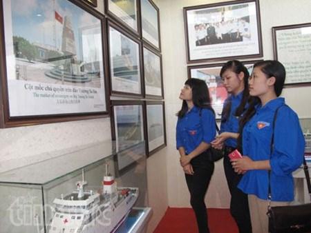 Exposition sur la souverainete maritime et insulaire a Ha Giang et a Thanh Hoa hinh anh 1