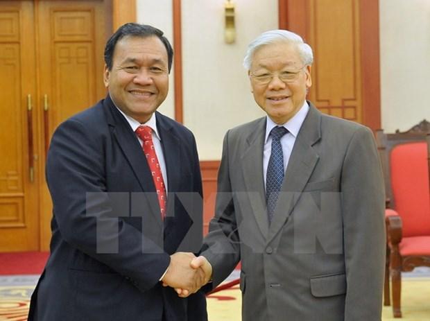 Le secretaire general Nguyen Phu Trong recoit l'ambassadeur cambodgien hinh anh 1