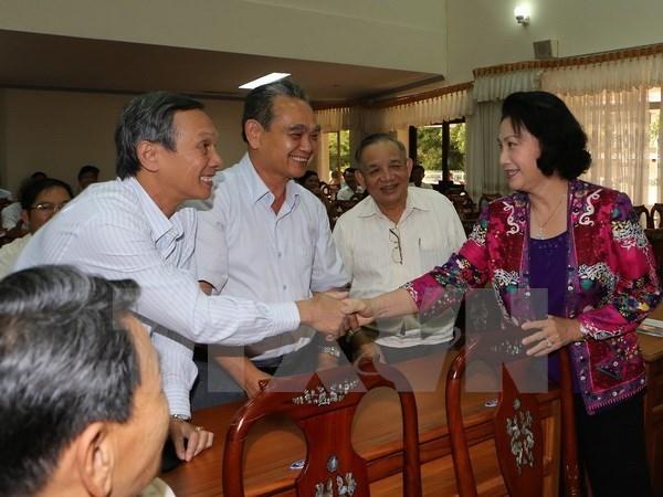 La presidente de l'Assemblee nationale rencontre des electeurs a Can Tho hinh anh 1