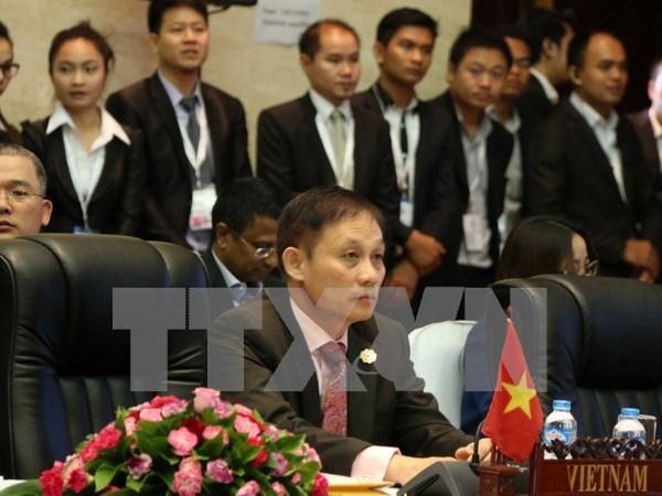 Le Vietnam s'efforce toujours de contribuer aux activites de l'ASEAN hinh anh 1
