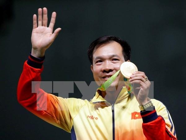 Les medias internationaux louent la victoire du tireur Hoang Xuan Vinh aux JO hinh anh 1