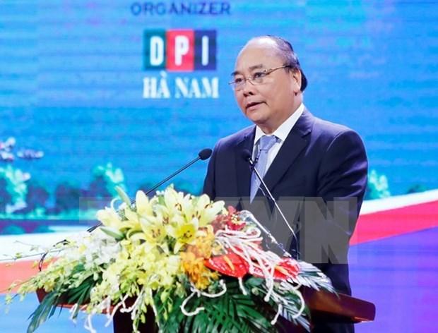 Dix entreprises s'engagent a investir 17.000 milliards de dongs a Ha Nam hinh anh 1