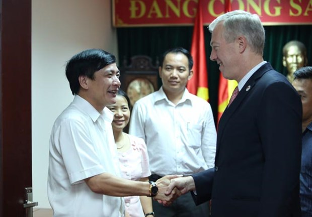 Le president de la CGTV travaille avec l'ambassadeur americain hinh anh 1