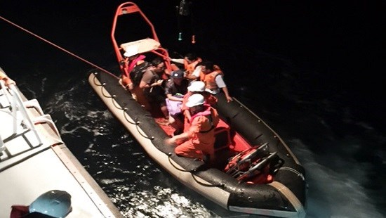 Un marin singapourien sauve en mer au large de Da Nang hinh anh 1