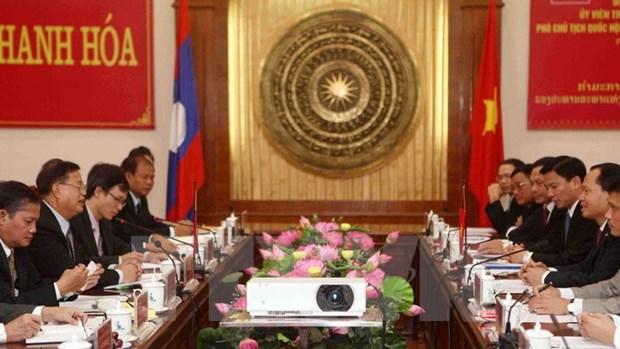 Le vice-president de l'AN laotienne a Thanh Hoa hinh anh 1
