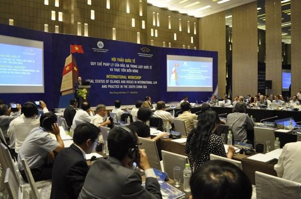 Des chercheurs vietnamiens et etrangers discutent de la question de la Mer Orientale hinh anh 1