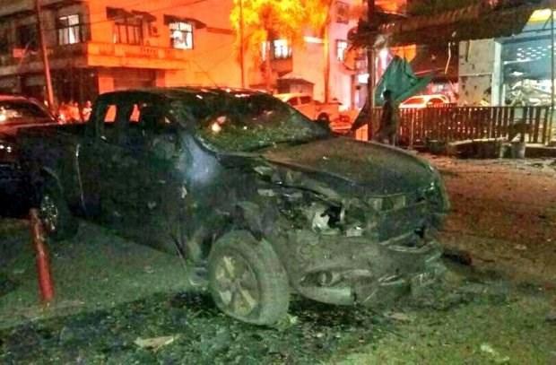 Explosions pres d'un hotel en Thailande, au moins un mort et 30 blesses hinh anh 1