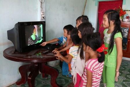 La communaute khmere de Soc Trang accede au reseau electrique national hinh anh 1