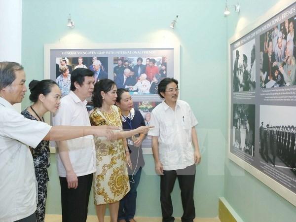 """Exposition """"le general Vo Nguyen Giap - Portrait d'un homme legendaire"""" hinh anh 1"""