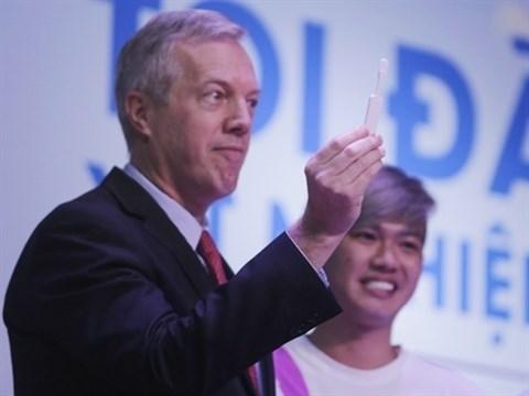 Lancement des autotests de depistage du VIH au Vietnam hinh anh 1