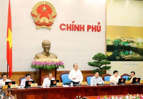 Le gouvernement commence sa reunion periodique pour le mois d'aout hinh anh 1