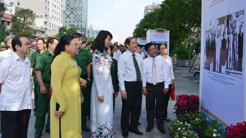 Programmes culturels en echo a la Fete nationale hinh anh 1