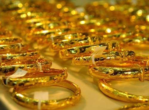 Bond des exportations nationales de pierres et metaux precieux en 7 mois hinh anh 1