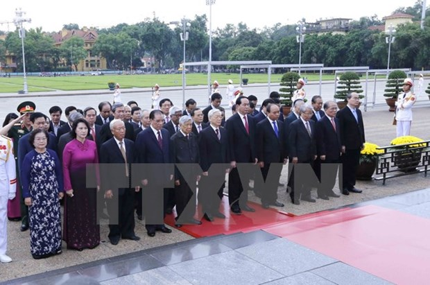 Fete nationale : Hommage au President Ho Chi Minh hinh anh 1