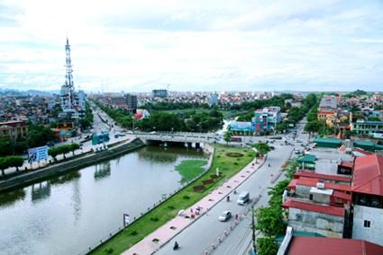 Ninh Binh : la croissance sur de bons rails hinh anh 1