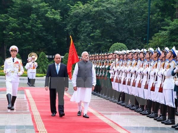 Le Premier ministre indien termine sa visite officielle au Vietnam hinh anh 1