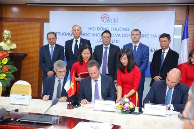 Airbus aide le Vietnam a developper l'industrie de l'aerospatiale hinh anh 1